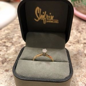 Jewelry - Beautiful Diamond Ring